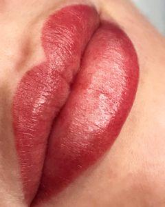 Фото татуажа губ